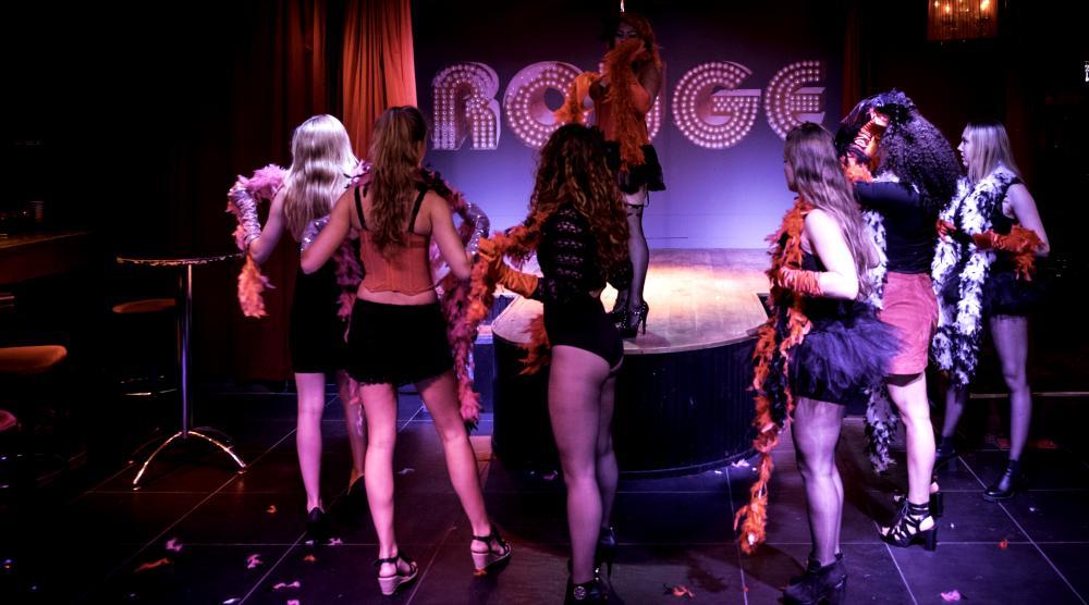 Slide 3: Workshop Burlesque